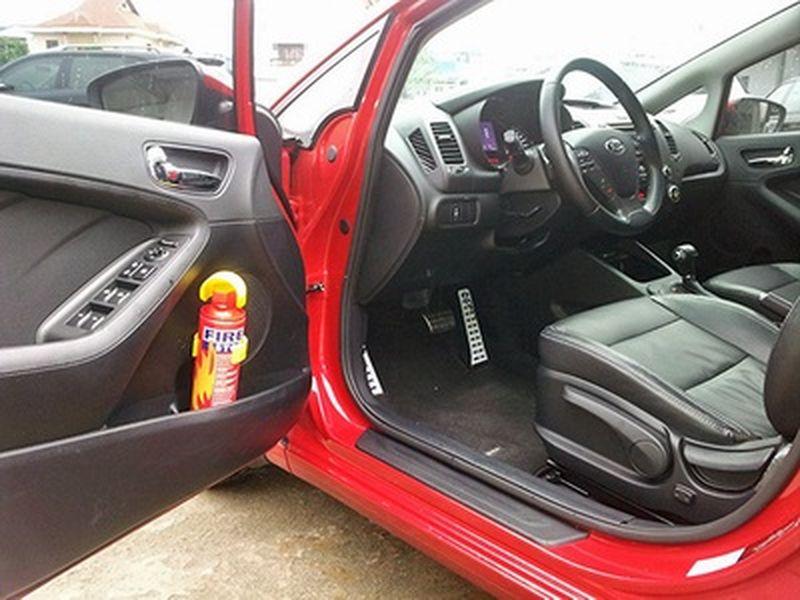 Những trang thiết bị phòng cháy chữa cháy bắt buộc phải có cho ô tô các loại