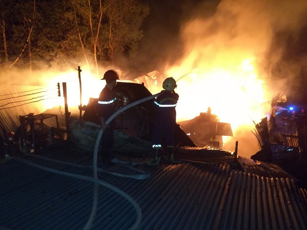 cháy xưởng gỗ tây ninh